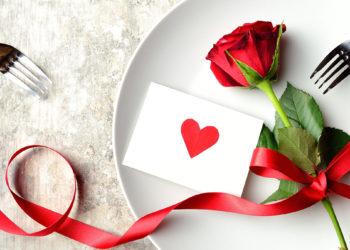 apparecchiare-la-tavola-san-valentino-cena-romantica
